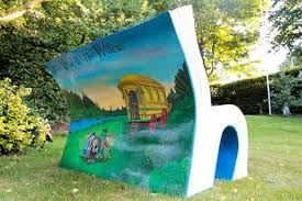 Wind in Willows bench back